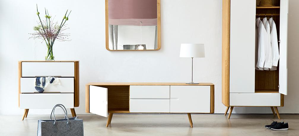 kollektion loca. Black Bedroom Furniture Sets. Home Design Ideas